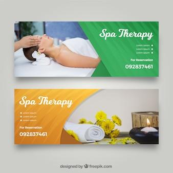Conjunto de banners de centro de spa con mujer relajada