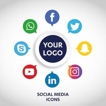 Conjunto de iconos de los medios sociales más populares, twitter, youtube, whatsapp, snapchat, facebook, instagram, logotipos impresos en papel