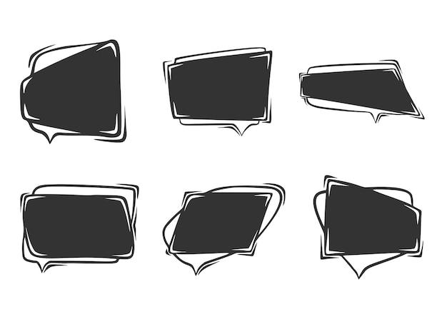 Conjunto de dibujado a mano de burbujas de discurso, aislado sobre fondo blanco.