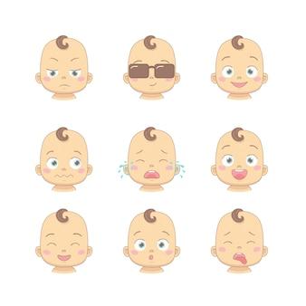 Conjunto de dibujos animados lindo bebé o niño pequeño con diferentes emociones divertidas en estilo plano