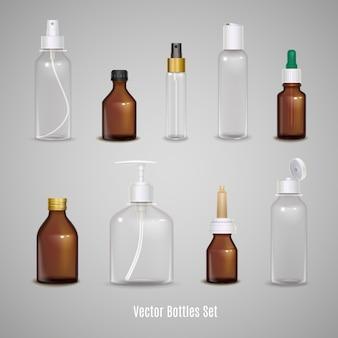 Conjunto de diferentes botellas vacias transparentes