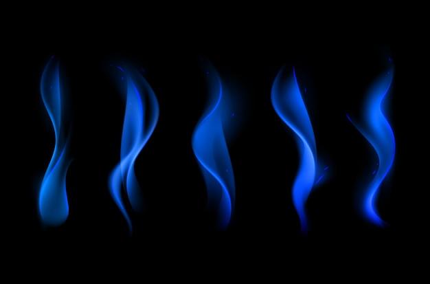 Conjunto de diferentes llamas de fuego azul sobre fondo