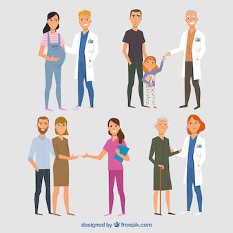 Conjunto de doctores amables con pacientes