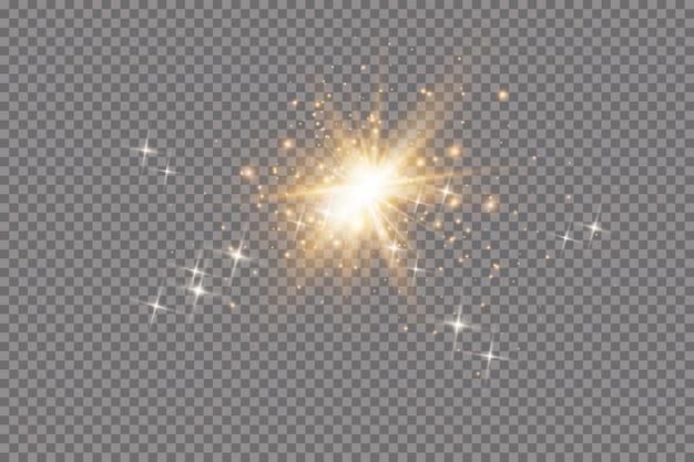 Conjunto de efectos de luces brillantes doradas sobre fondo transparente. destello de sol con rayos y foco. efecto de luz brillante. estrella estalló con destellos.