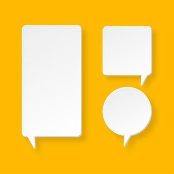 Conjunto de elemento de discurso de burbuja de estilo 3d con etiqueta vacía y en blanco.