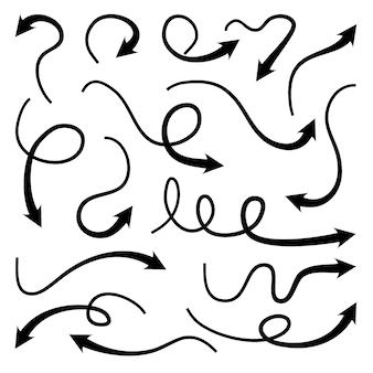 Conjunto de elementos de diseño de doodle de flechas dibujadas a mano