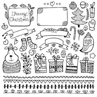 Conjunto de elementos de doodle de navidad, año nuevo e invierno dibujados a mano lindos de bullet journal aislados sobre fondo blanco.