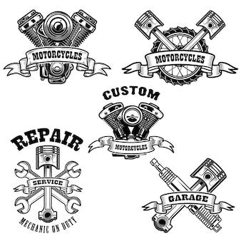 Conjunto de emblemas de reparación de motos.