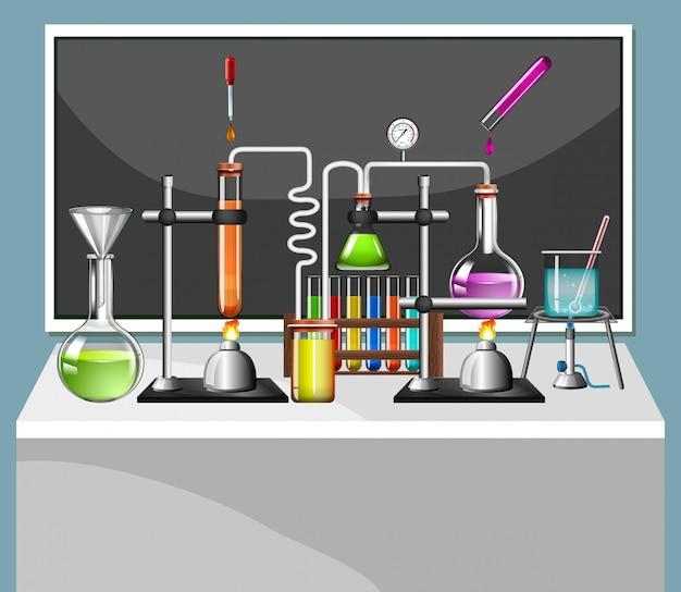 Conjunto de equipos de ciencias en laboratorio escolar