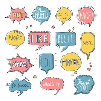 Conjunto de estilo dibujado a mano colorido discurso burbuja