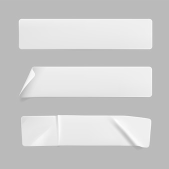Conjunto de etiquetas adhesivas de rectángulo blanco arrugado aislado