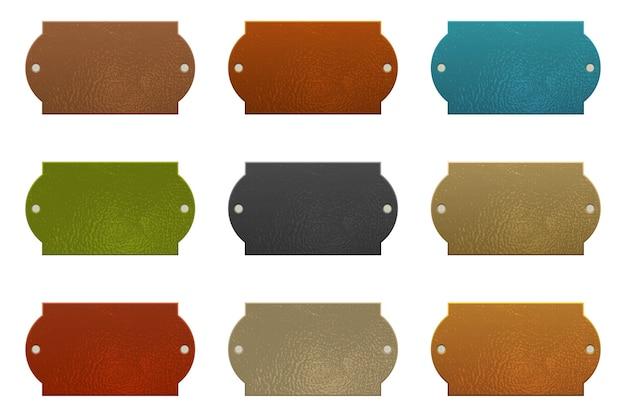 Conjunto de etiquetas de cuero de colores aislado sobre fondo blanco.