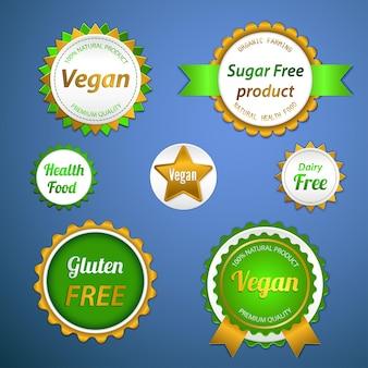 Conjunto de etiquetas, logotipos y adhesivos sobre alimentos orgánicos y naturales.