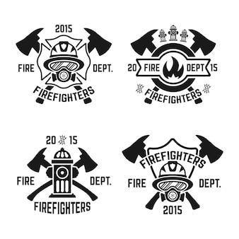 Conjunto de etiquetas monocromas de bomberos en blanco