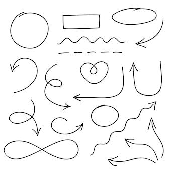 Conjunto de flechas, círculos y símbolos de doodle