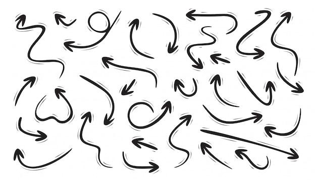Conjunto de flechas curvas dibujadas a mano