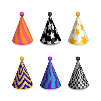 Conjunto de gorras de sombrero de fiesta de colores brillantes para celebración aislado en blanco