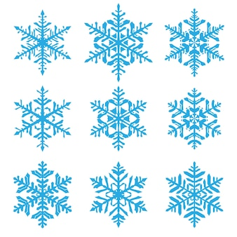 Conjunto de hermosos copos de nieve de navidad complejos, azul claro sobre fondo blanco.