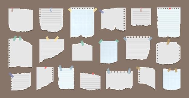 Conjunto de hojas de papel rasgadas con adhesivo notas de papel en adhesivos