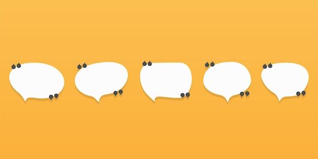 Conjunto de iconos de cotización de burbujas de discurso. diseño plano