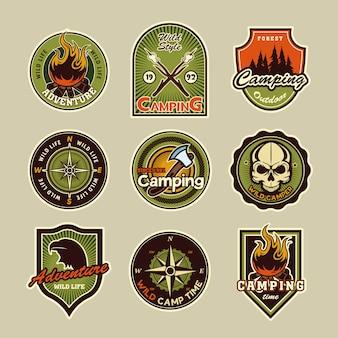 Conjunto de insignias de camping