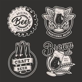 Conjunto de insignias de cerveza monocromo