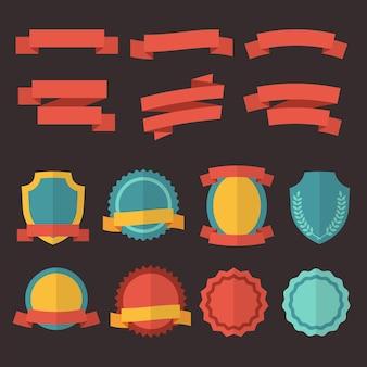 Conjunto de insignias, etiquetas y cintas retro