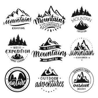 Conjunto de insignias de viaje dibujado mano vintage