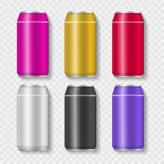Conjunto de latas de bebida de aluminio de colores realistas. lata de aluminio con refresco o jugo aislado sobre fondo transparente para publicidad.