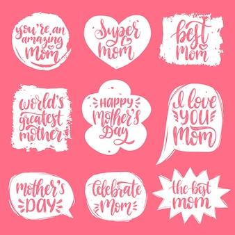 Conjunto de letras de la mano del día de la madre en burbujas de discurso
