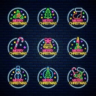Conjunto de letreros navideños de neón con marcos circulares.