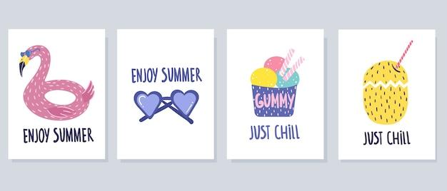 Conjunto de lindas tarjetas de verano sobre un fondo blanco, estilo de dibujos animados. dibujo a mano.
