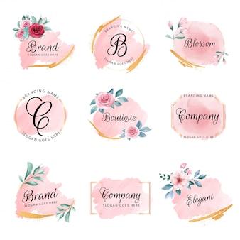 Conjunto de logotipo floral femenino con fondo de acuarela de melocotón, flores y purpurina dorada
