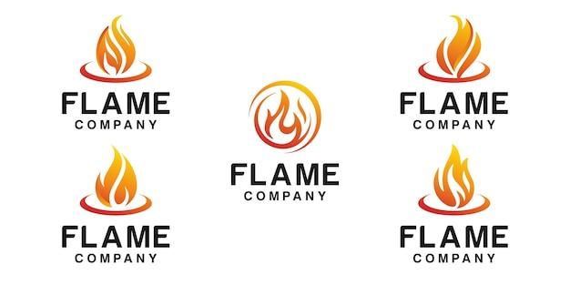 Conjunto de logotipo de llama de fuego aislado en blanco
