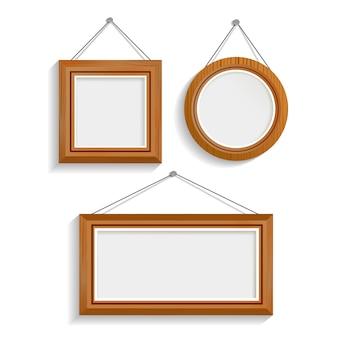 Conjunto de marcos aislados de madera oscura
