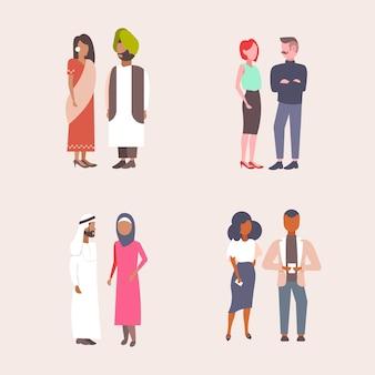 Conjunto mix raza negocios parejas de pie juntos hombres mujeres comunicación concepto étnicos empresarios y empresarias colección plana aislado