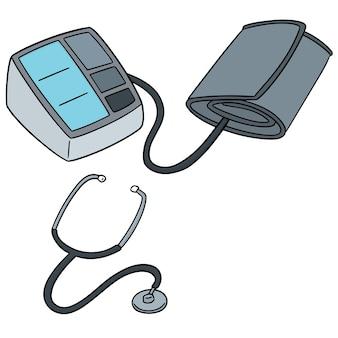 Conjunto de monitor de presión arterial y estetoscopio.