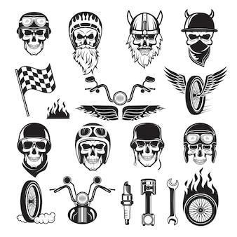 Conjunto de moteros. cráneo bicicleta banderas rueda fuego huesos motor motocicleta vector iconos
