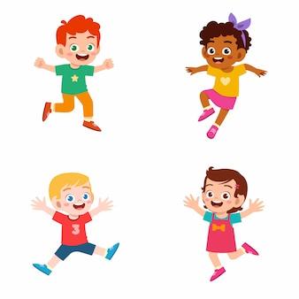 Conjunto de niño lindo feliz niño y niña saltar y sonreír