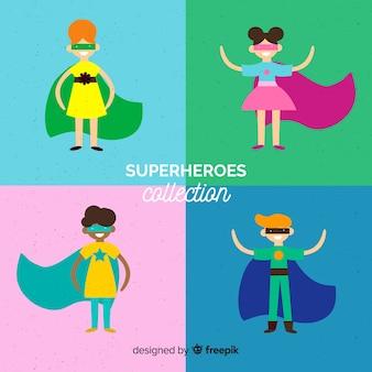 Conjunto de niños superheroes