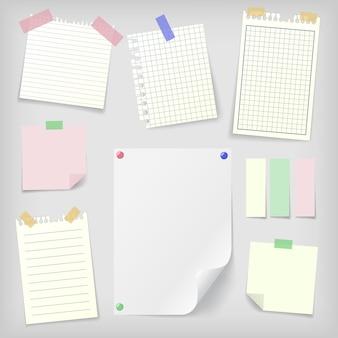 Conjunto de notas adhesivas y papel de cuaderno