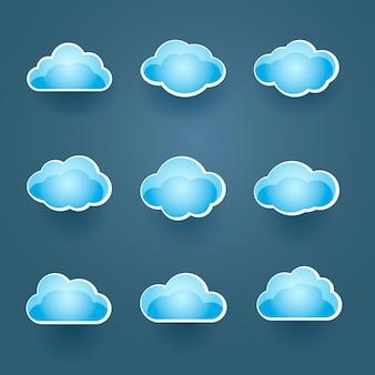 Conjunto de nueve iconos de nubes vectoriales azules diferentes en diferentes formas conceptuales de la previsión meteorológica o computación en la nube