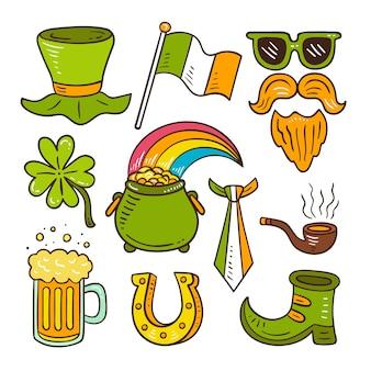 Conjunto de objetos verdes dibujados a mano y alimentos para st. día de san patricio