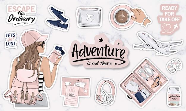 Conjunto de objetos de viaje con mujeres jóvenes y elementos modernos.