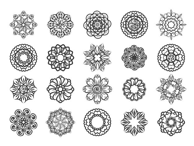 Conjunto ornamental floral mehndi circular.