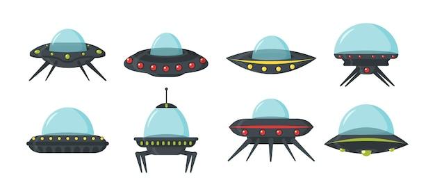 Conjunto de ovnis, naves espaciales alienígenas, estilo plano. conjunto de colores de placas circulares alienígenas para la interfaz de usuario del juego.