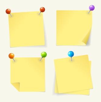 Conjunto de papel amarillo anclado listo para su texto