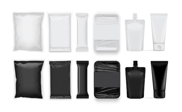 Conjunto de papel blanco y negro y envases de plástico aislado sobre fondo blanco.