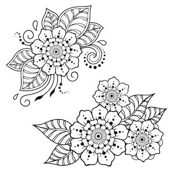 Conjunto de patrón de flores mehndi para dibujo y tatuaje de henna. decoración en estilo étnico oriental, indio.