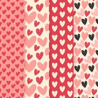 Conjunto de patrones de corazón dibujado a mano